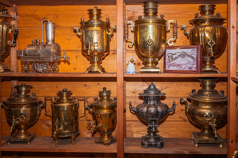 Classification of samovars