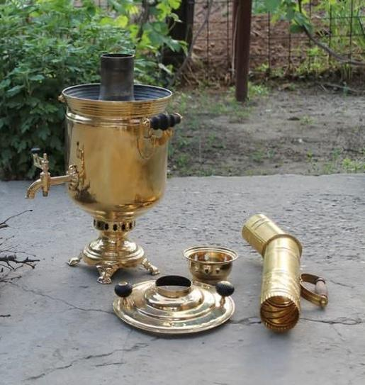 The rules of the samovar firebox on the wood